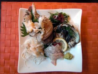 豊浦産のつぶ貝、ヒラメ、ほっき貝のお刺身
