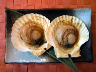 ホタテ貝のバター醤油焼き